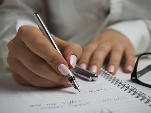 Should elementary schools still teach handwriting?