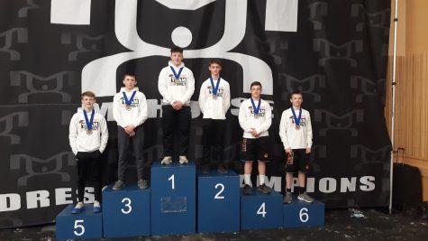 (L-R) Isaiah Bayle, Cody Proper, Mason Savitz, Will Allen, Nolan Carey, and Cooper Hodak